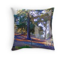 fox heART and the hounds of love Throw Pillow