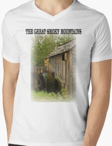 THE GREAT SMOKY MOUNTAINS Mens V-Neck T-Shirt