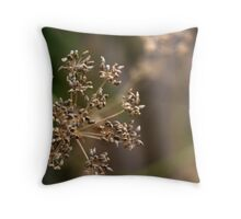 Parsley seeds Throw Pillow