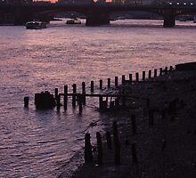 Millennium Bridge Sunset 2 by Paul Davey
