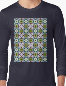 Countrystile spring flowers pattern  T-Shirt