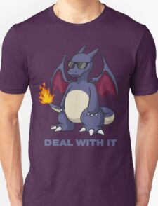 Charizard Shiny - DEAL WITH IT T-Shirt