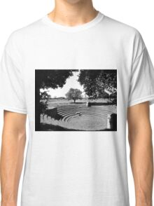 Paestum: archaeological site theater Classic T-Shirt