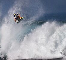 Jeff Hubbard at Banzai Pipeline by Alex Preiss