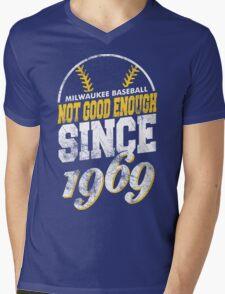 Milwaukee Baseball Retro Mens V-Neck T-Shirt