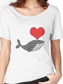 Love whales Women's Relaxed Fit T-Shirt