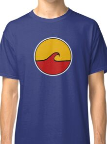 Minimal Wave - Red and Yellow Classic T-Shirt