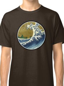 Japanese surf wave Classic T-Shirt