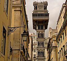 Elevador de Santa Justa, Lisboa. by naranzaria