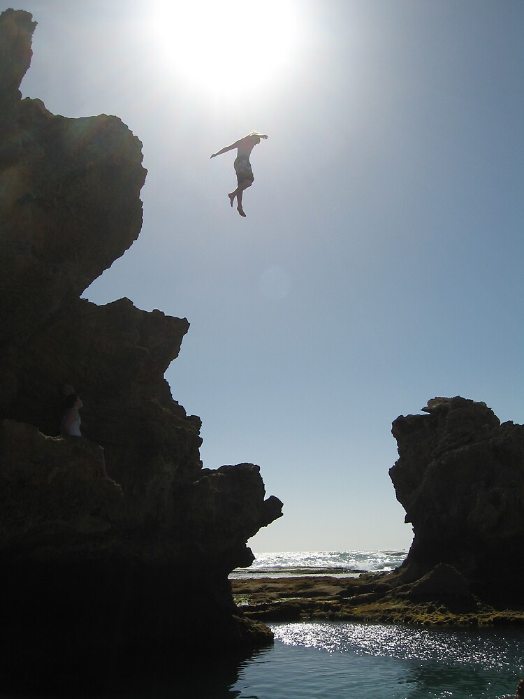 Cliff jump into Rock pool by Keechy