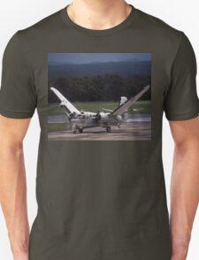 Grumman Tracker - Wings Folding - @ Nowra, Australia T-Shirt
