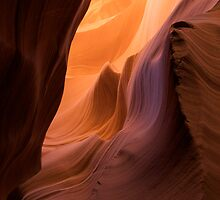 Sandstone Waves - Wide/Vertical by Stephen Beattie