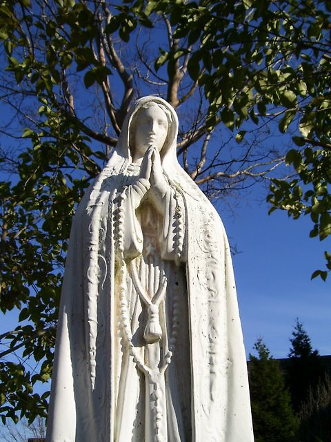 mama mary by cymvallejo