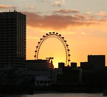 Sunset over London Eye  by Trifle
