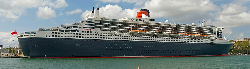 Queen Mary 2 by Nathan T