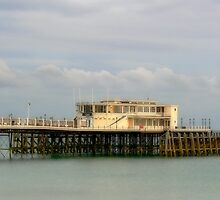 The Pier at Worthing by Gerda Grice