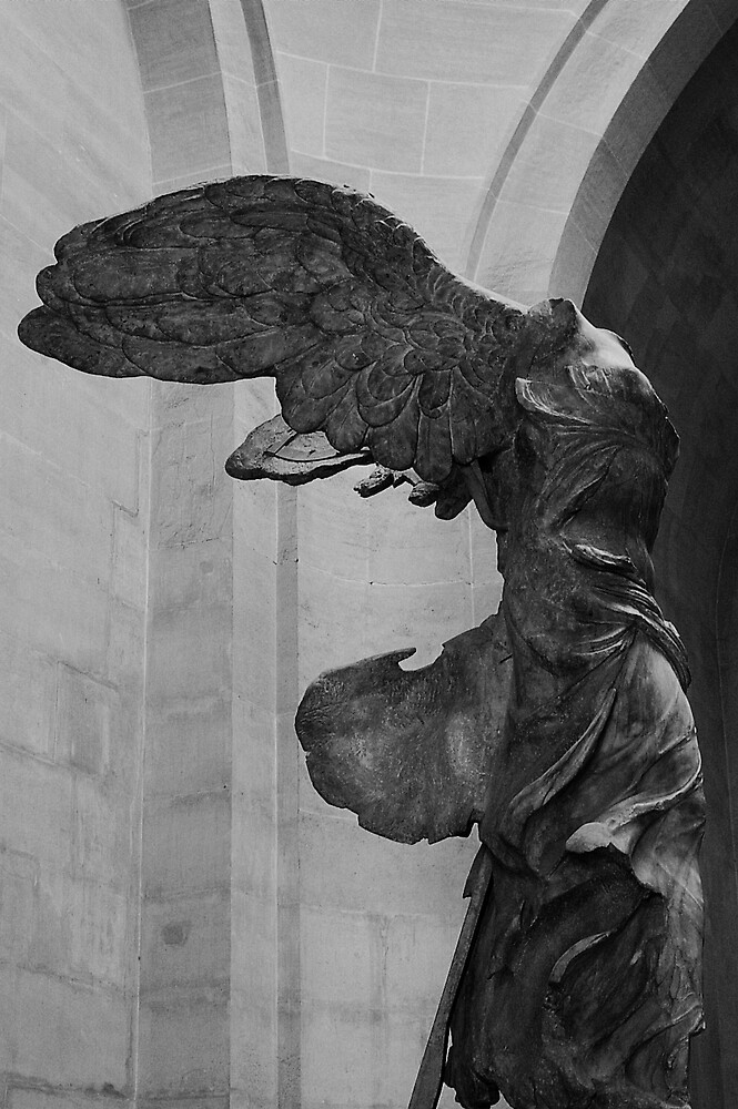Nike of Samothrace by bchai