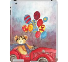 TEDDYBEAR IN RED OLDTIMER SPORTS-CAR WITH BALLOONS - Watercolour-Design iPad Case/Skin