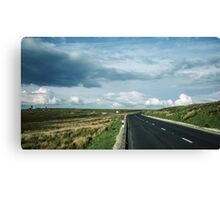 Road on Wadsworth Moor West Yorkshire England 19840603 0062m Canvas Print