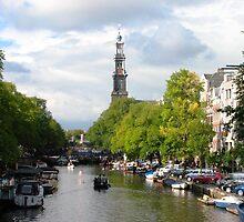 Channels in Amsterdam by adagi0