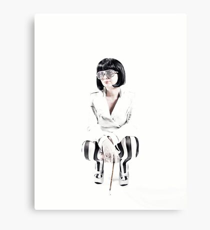 CROUCH Canvas Print