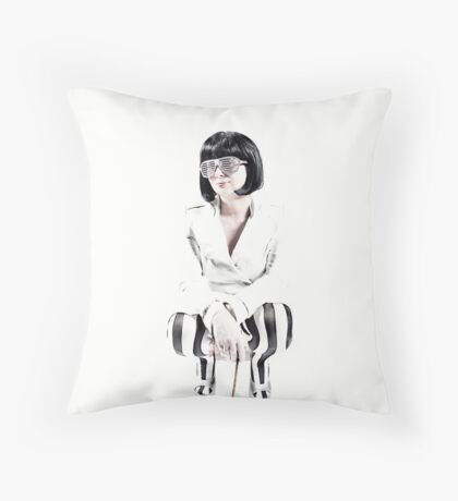 CROUCH Throw Pillow