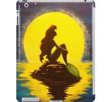 The Little Mermaid Disney - Ariel and the Moon iPad Case/Skin