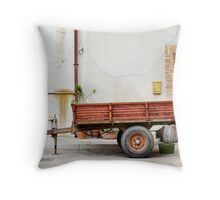 trailer nit-107 Throw Pillow