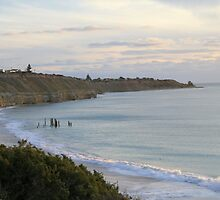 Looking south, Pt. Willunga. by elphonline