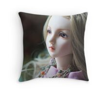try to remember Throw Pillow