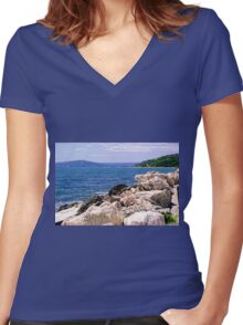 Summer Vacation Dreams Women's Fitted V-Neck T-Shirt