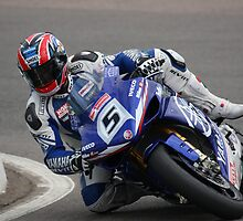 Karl Harris on his Yamaha YZF R1, 2008 BSB by 1throughmyeyes