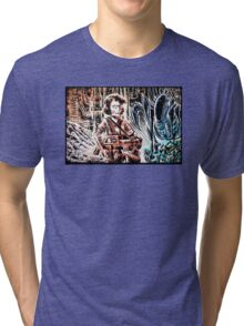 Ripley and the Alien Art Print. Aliens, Sigourney Weaver, Joe Badon, Ridley Scott, James Cameron, Drawing, illustration, sci fi, horror Tri-blend T-Shirt