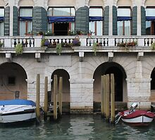 Along the Grand Canal by cocot101