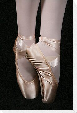 En Pointe  by Kimberly Palmer