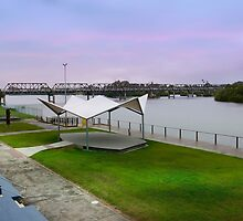 Old Taree Pool 01 by kevin chippindall