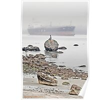 watching the ships roll in... Poster