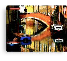 VENICE-LIVING ON A MIRROR Canvas Print