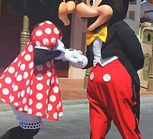 Mickey & Minnie by disneylandaily