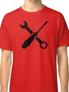 Crossed screw wrench screwdriver Classic T-Shirt