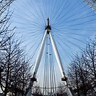 London Eye Approach by Roberto Herrett
