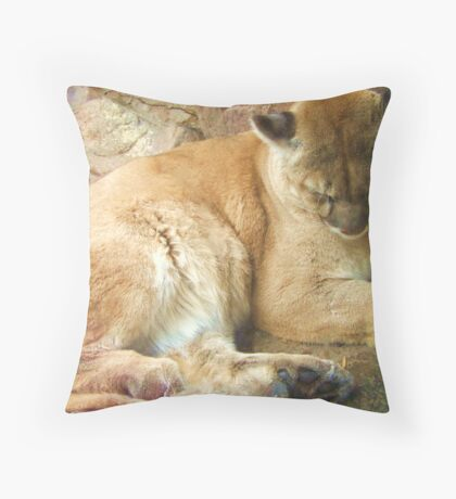 Large Cat 001 Throw Pillow