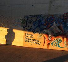 Medo de Ser Livre... by Luis Raposo