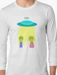 UFO vector illustration wiht flying saucer on the white background Long Sleeve T-Shirt