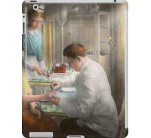 Doctor - Applying first aid - 1917 iPad Case/Skin