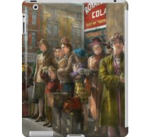 People - People waiting for the bus - 1943 iPad Case/Skin