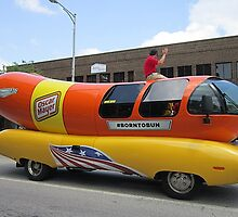 Hot Dog - a Parade! by Monnie Ryan
