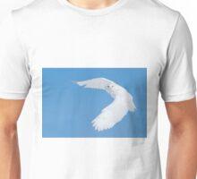 Hunting Snowy Owl Unisex T-Shirt