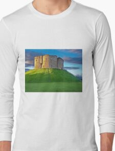 Clifford's Tower, York, England Long Sleeve T-Shirt