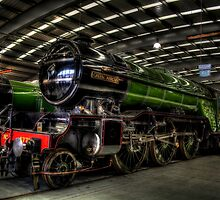 LNER Class V2 4771 Green Arrow by Andrew Pounder